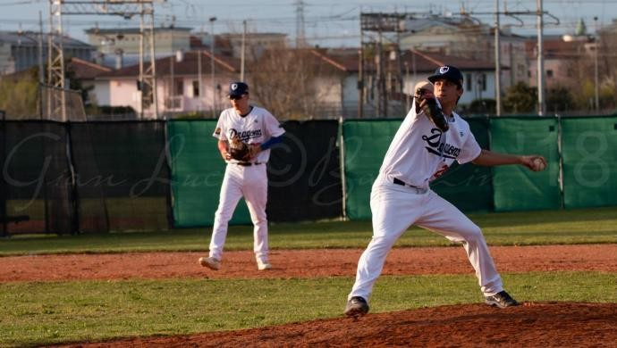 Baseball: Dragons battuti sul difficile campo di Pianoro