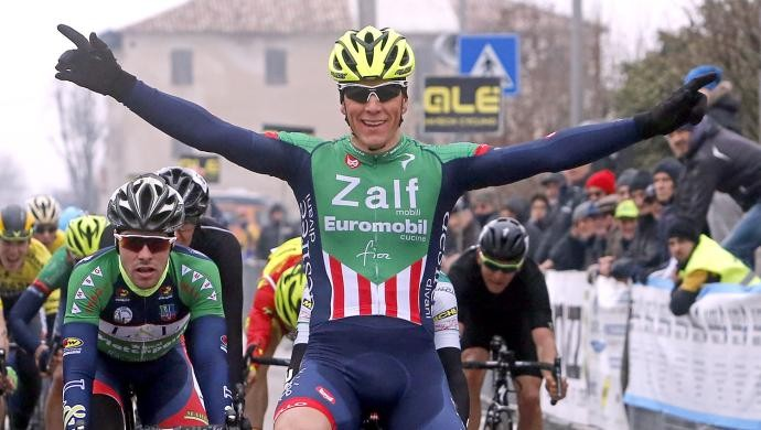 Ciclismo: Giovanni Lonardi della Zalf approda tra i professionisti